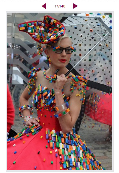 Cycle in Heels : THE LEGO DRESS FOR THE FASHION WEEK
