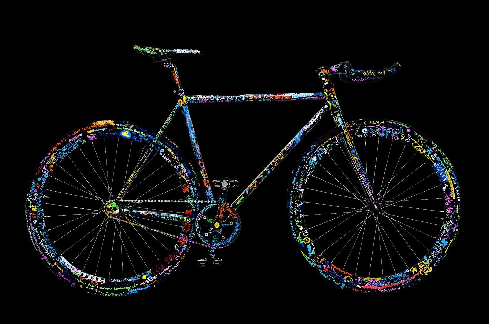 ASFIXIADOS: Arte sobre ruedas