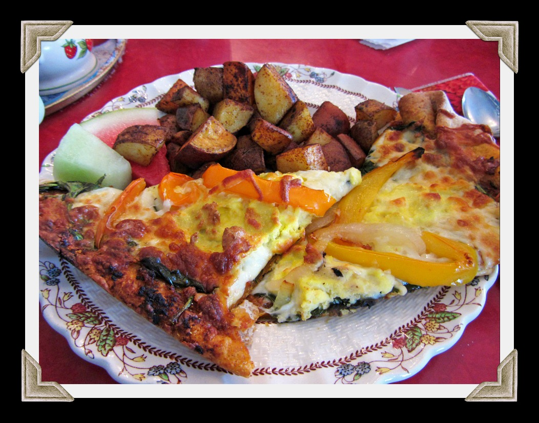 Breakfast pizza and homefries