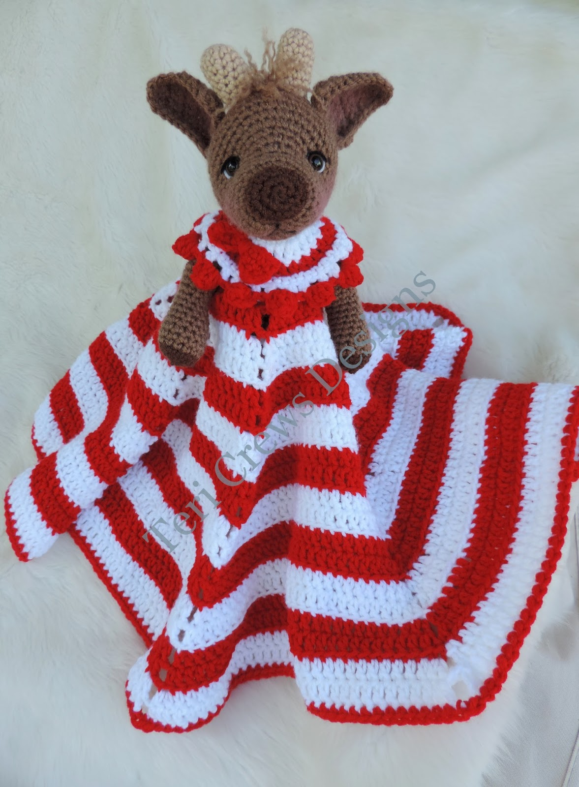 Teris Blog New Reindeer Huggy Lovey Blanket Pattern
