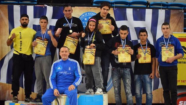 Με 16 μετάλλια επέστρεψε από το Πανελλήνιο Πρωτάθλημα Kick Boxing ο Απόλλων Αλεξανδρουπόλεως