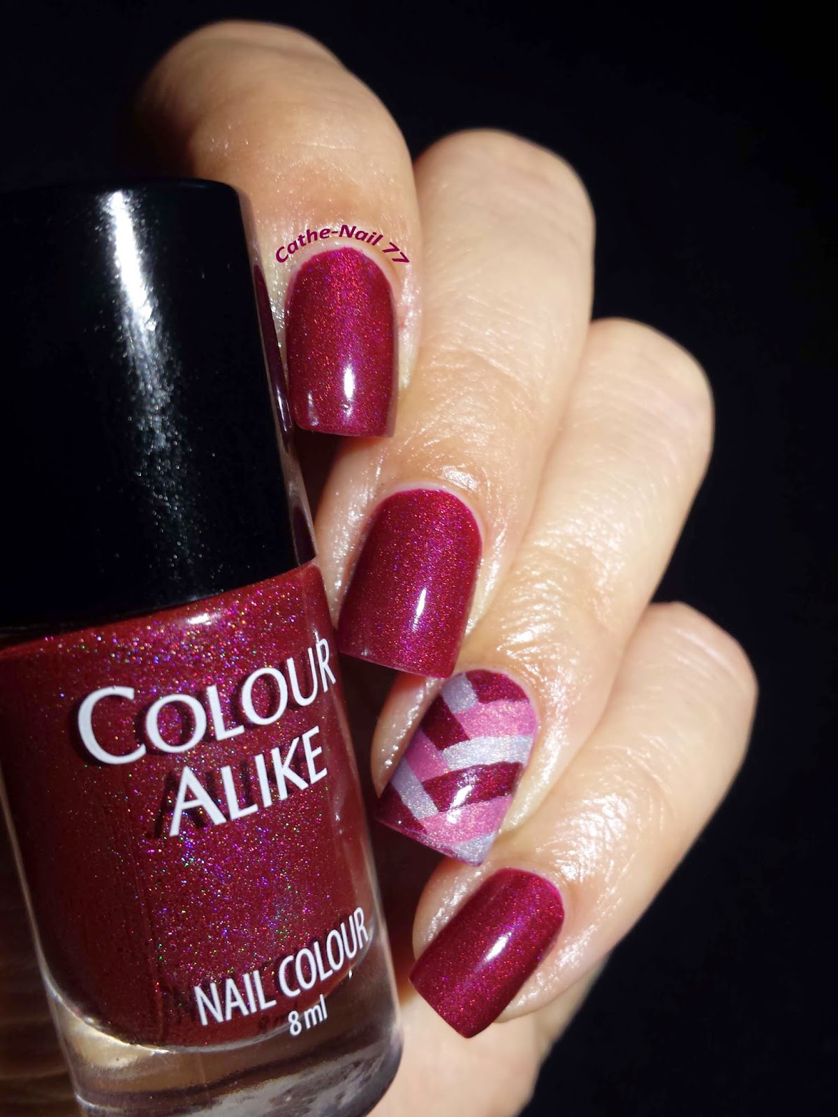 http://cathenail.blogspot.fr/2014/09/colour-alike-503-et-braided-accent-nail.html