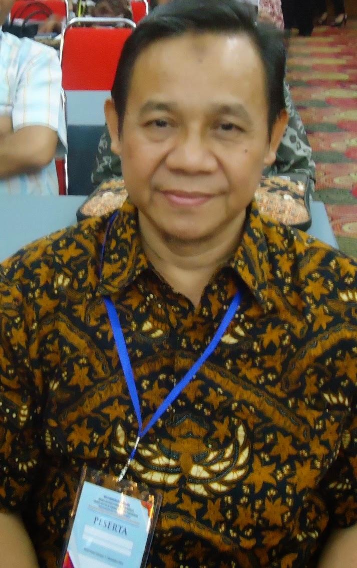 Model Pembinaan Pendidik Profesional (Suatu Penelitian dengan Pendekatan Lesson Study pada Guru-Guru Sekolah Muhammadiyah Kabupaten Sukoharjo)