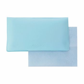 Use Oil Blotting Papers to prolong the life of your make up