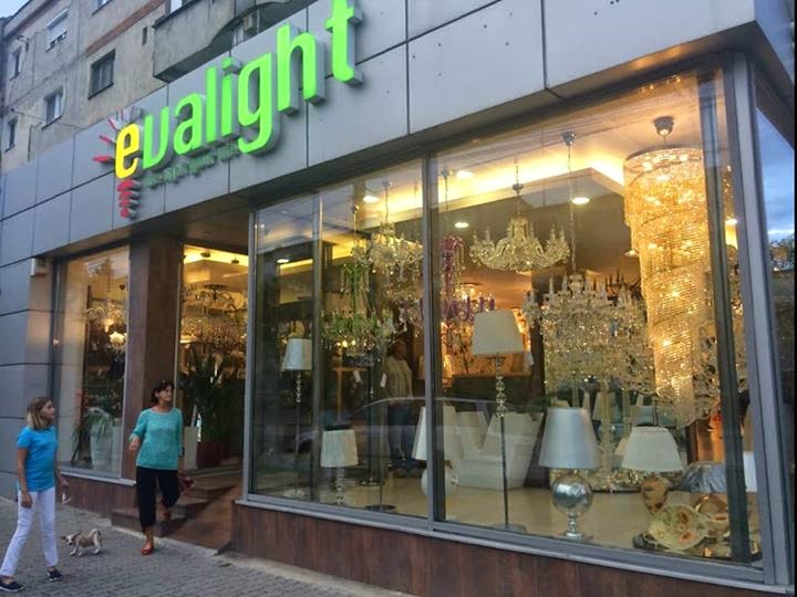 candelabre lustre corpuri de iluminat magazin online vanzare aplice spoturi evalight. Black Bedroom Furniture Sets. Home Design Ideas