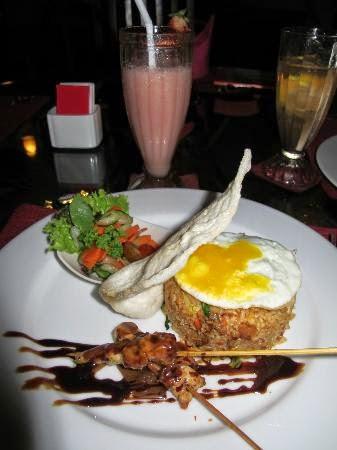 Me'Nu Restaurant Seminyak Bali