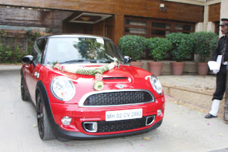 'A Mini Cooper' gift to Aaradhya for her first birthday
