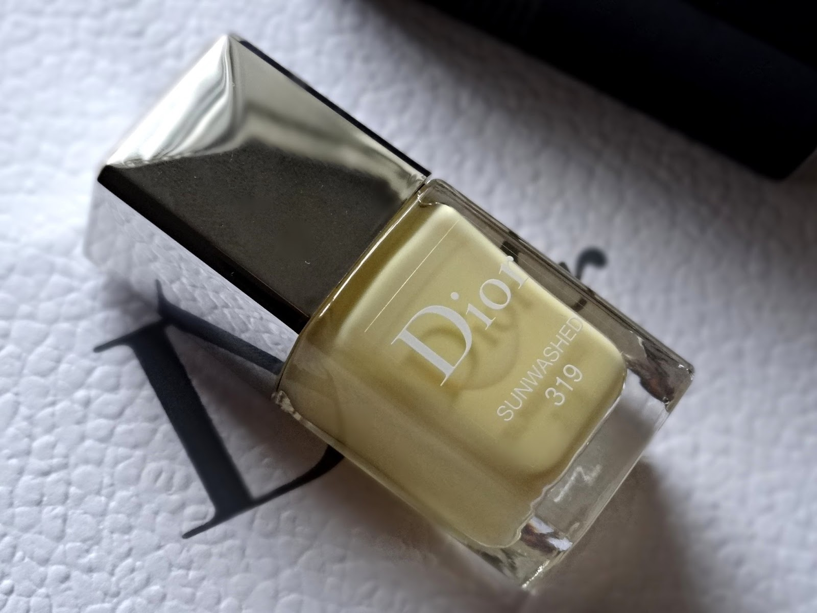 Dior Vernis Sunwashed 319 | Dior Tie Dye Summer 2015 Makeup Collection