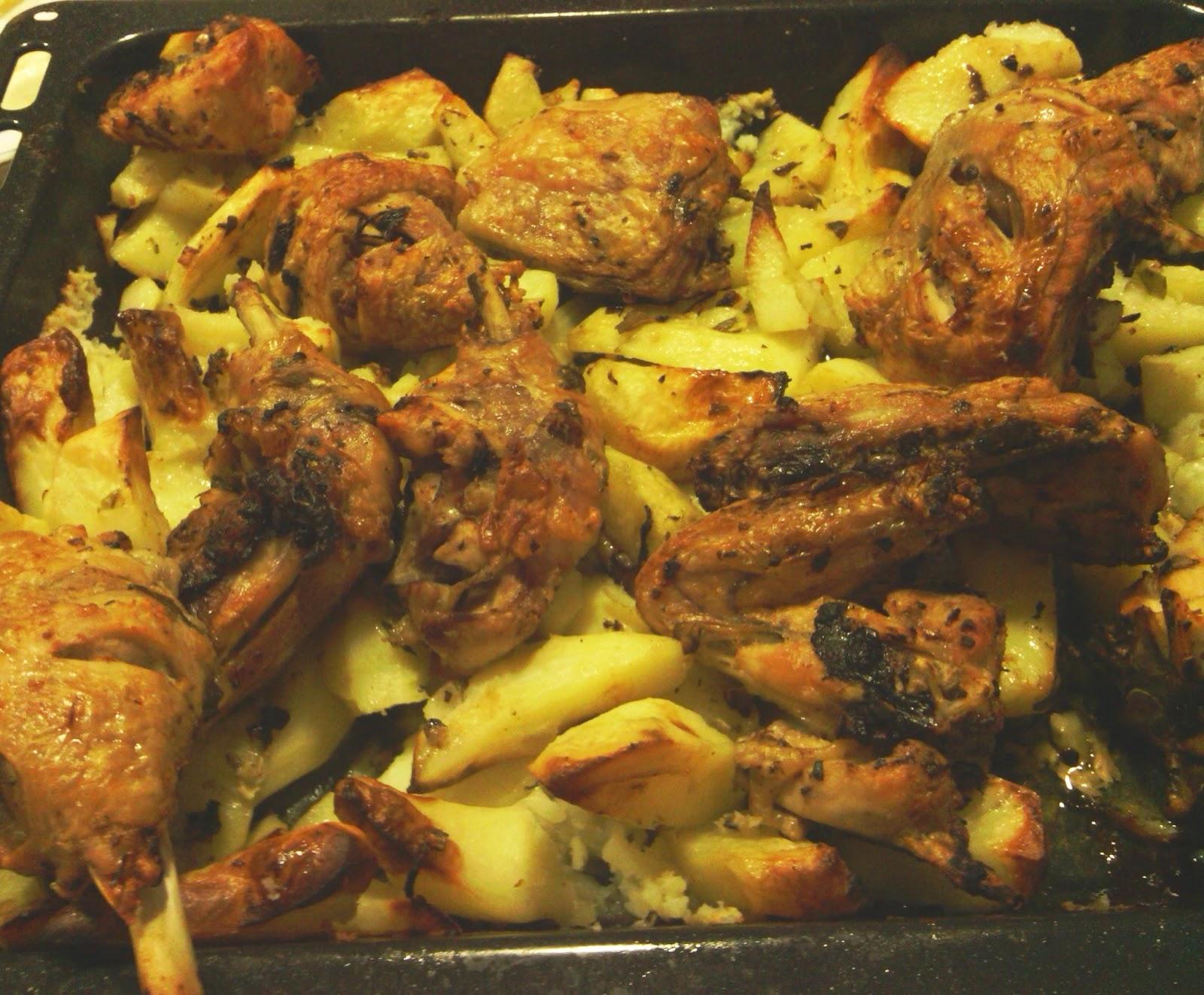 De lo que se come se cr a patatas al horno con pollo - Salsas para el pollo al horno ...