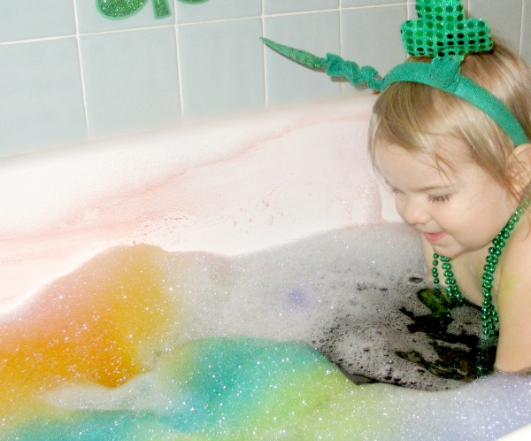 Rainbow bubble bath with treasure hunt