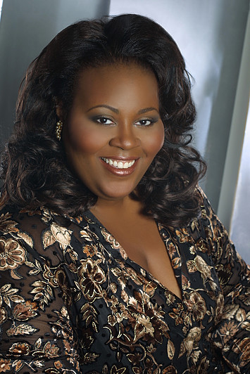 BEST ARTIST OF 2015: Dramatic soprano ANGELA RENÉE SIMPSON [Photo © by Angela Renée Simpson]