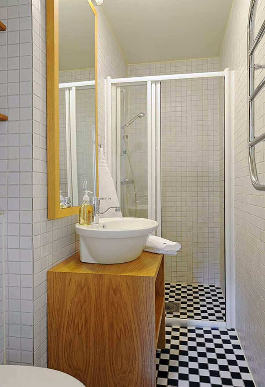 Tips On Bathroom Design : Tips menata kamar mandi kecil