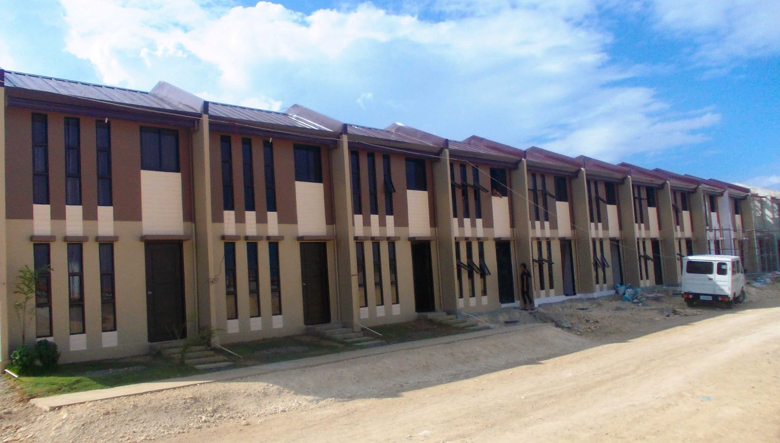 For sale very cheap 2 bedroom house and lot near mepz 1 for Extremely cheap houses