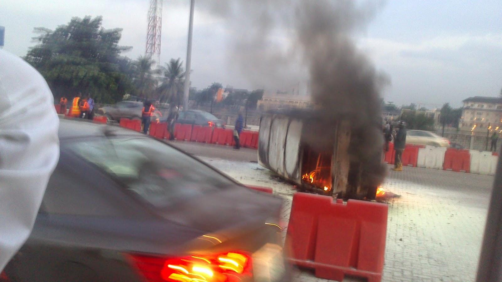 fire lekki toll gate