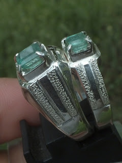 colombian emerald set on engagement rings