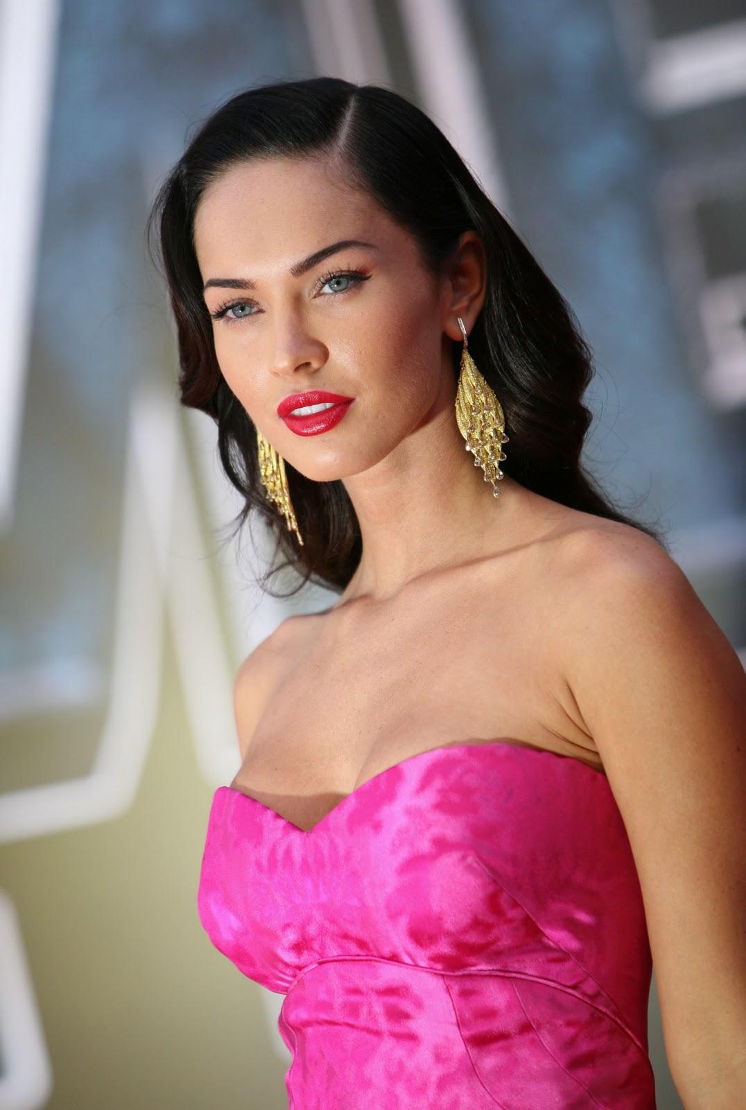 http://4.bp.blogspot.com/-jgw5ulY-YEU/TxvoMYVKoII/AAAAAAAAekk/QYzuYiytOMo/s1600/pink1.jpg