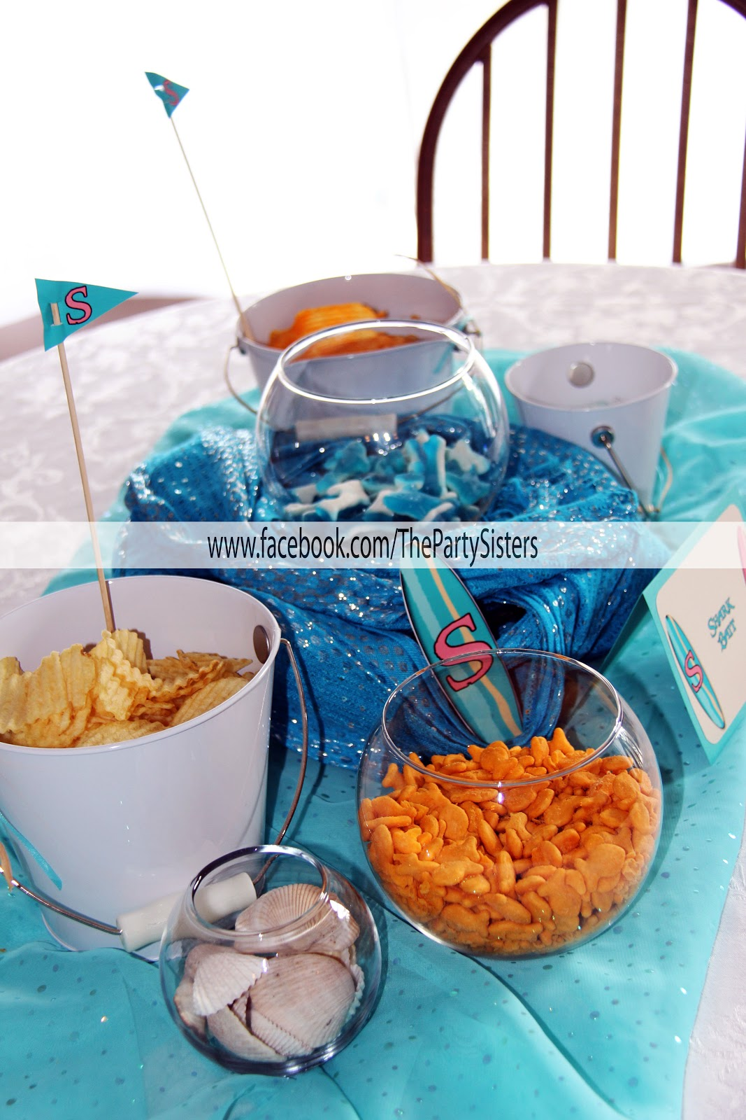 kreative kitz surf s up at this beach themed birthday party