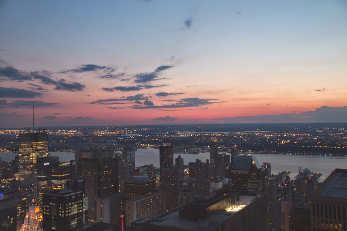 nyc top of the rock hudson sunset