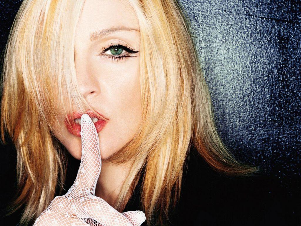 http://4.bp.blogspot.com/-jiFV5A4gaf4/T1XMMwAgZJI/AAAAAAAABVI/ERdE58WqqH0/s1600/Madonna-cute.JPG