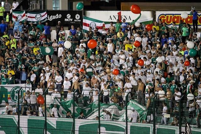 Com atuação vergonhosa e cheio de falhas, Palmeiras perde para o Figueirense