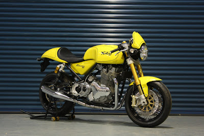2011-Norton-Commando-961-Cafe-Racer-yellow
