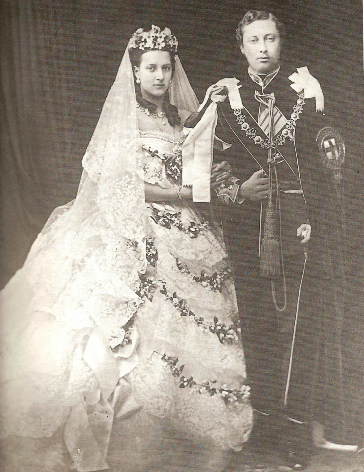 princess alexandra on her wedding day in a dress trimmed with honiton