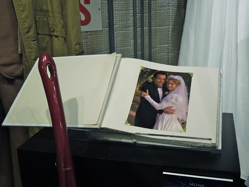 Monk wedding album TV prop