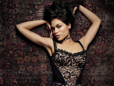 Black Beauty Rosario Dawson Desktop Wallpaper