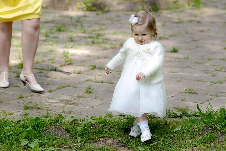 balti mergaitės krikšto rūbeliai