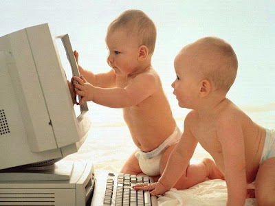 Funny Baby Desktop Wallpapers 2012
