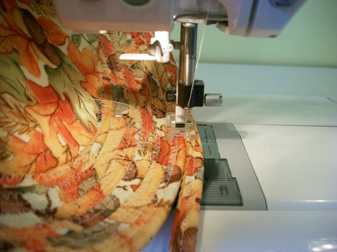 sewing fabric bow