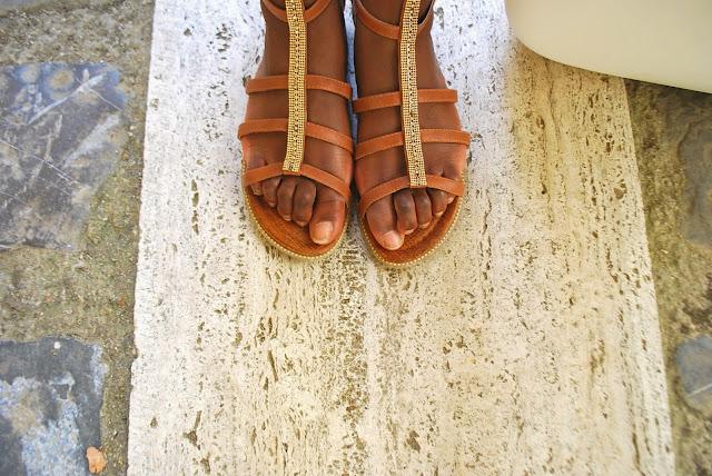 sandales spartiates mi-hautes, sac o bag, look, mode