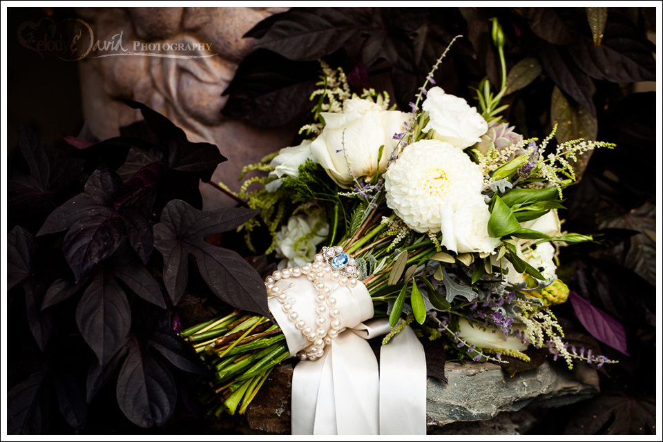 detail shot of bride's flowers
