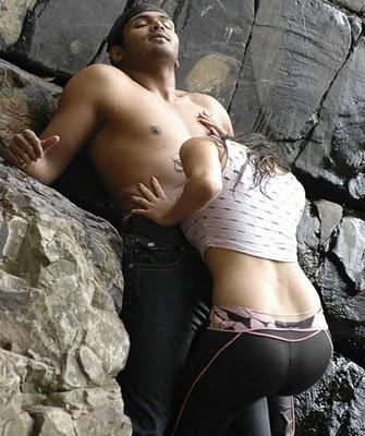 sneha very hot wet top hot actress sexy pics