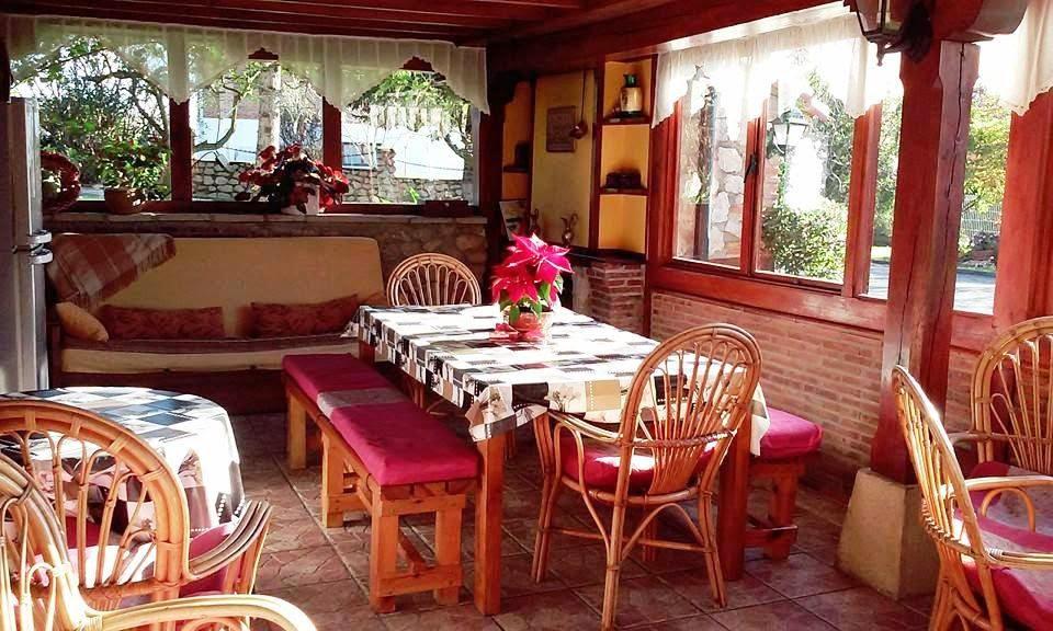 Avemar casa rural con piscina en santillana del mar cantabria feliz navidad - Casa rural navidad ...