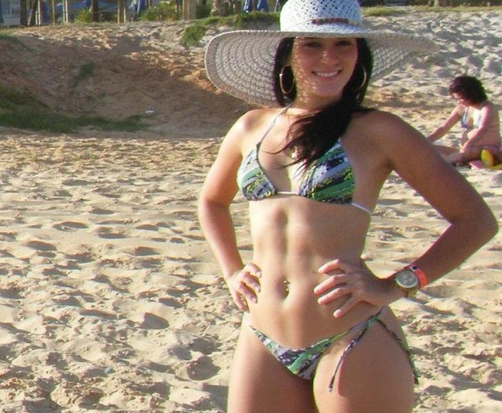 Marcas de bikini 03 - 2 part 8
