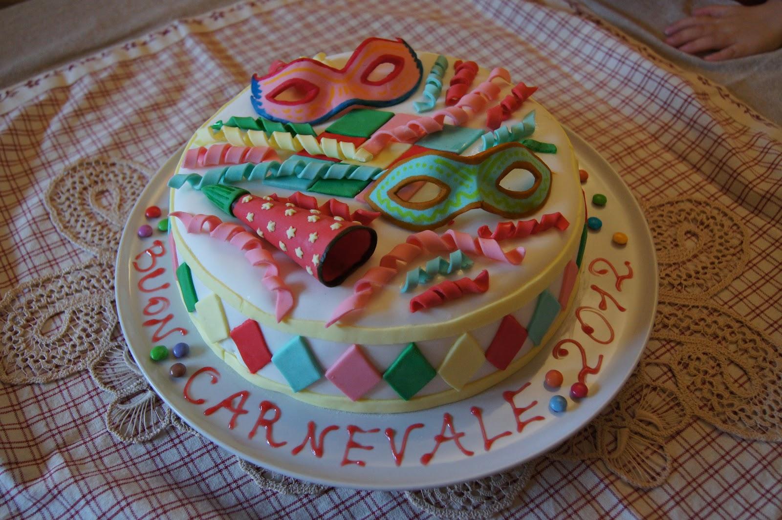 Le torte di nora torta per carnevale - Decorazioni per torte di carnevale ...