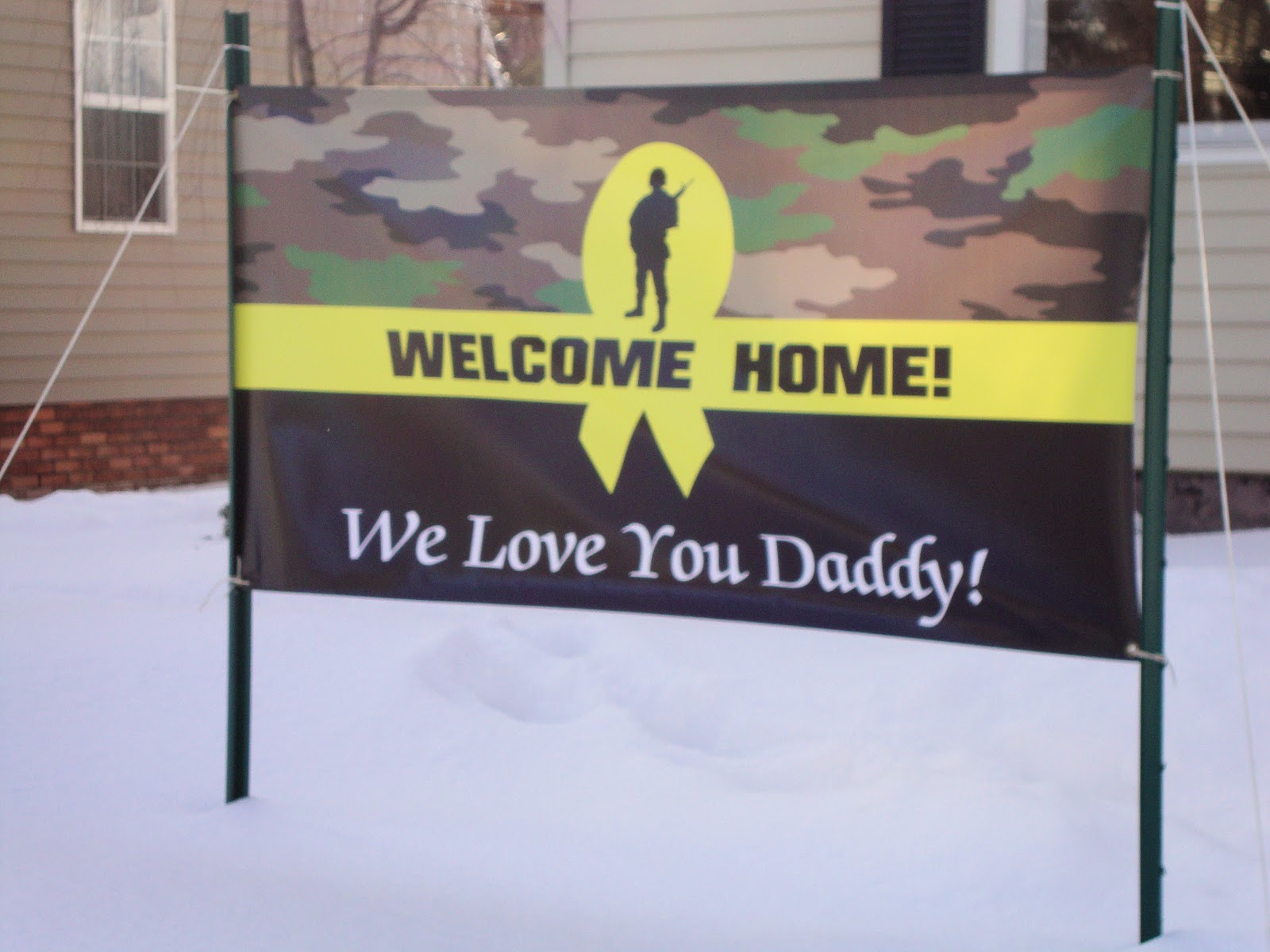A Troop's Girl: Welcome Home Banner