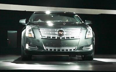 2013 Cadillac xts Front Side.