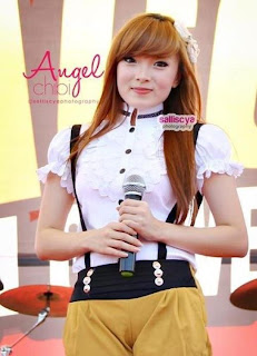 FOTO FOTO CUTE ANGEL CHIBI 2012