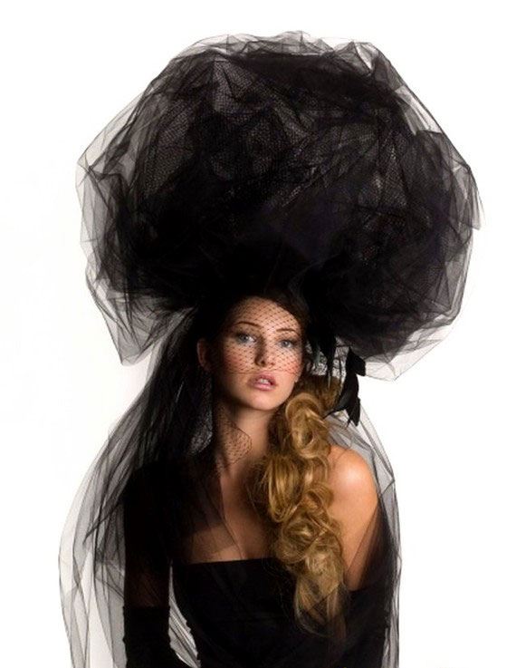 Source  http   www.beautycent.com tag couture-hats ceb754a7c45