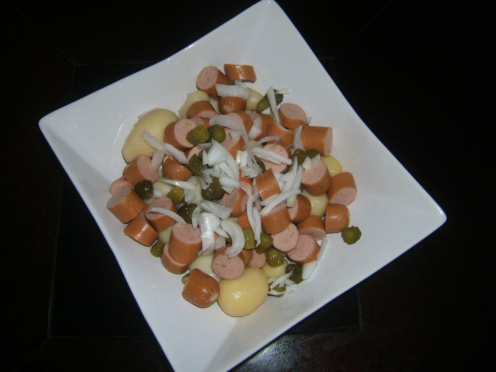 El puchero de nora ensalada alemana de patatas y salsa de - Ensalada alemana de patatas ...