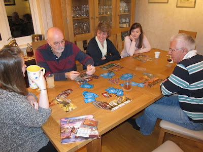 7 Wonders - The team prepare themselves for the second age