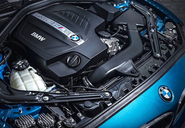 BMW M2クーペ エンジン