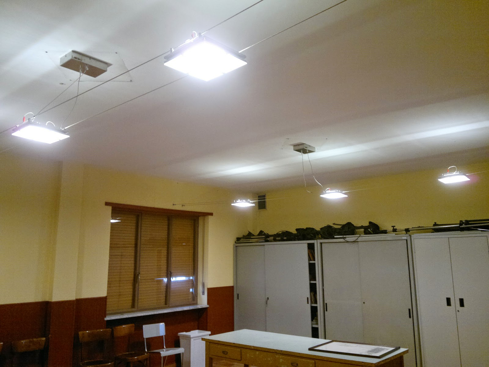 Illuminazione led casa oratorio della parocchia s desiderio a fiano progetto illuminotecnico - Illuminazione led casa ...
