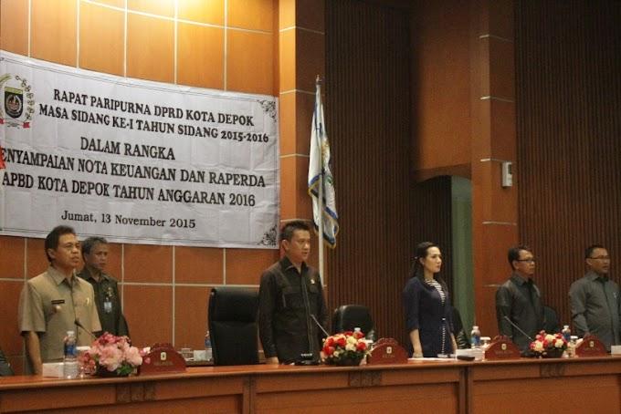Walikota Sampaikan Nota Keuangan dan Raperda APBD Tahun 2016