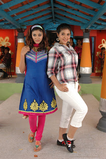 Kalakalappu New Movie Stills Pictures Kalakalappu Latest Movie Pictures (2).jpg