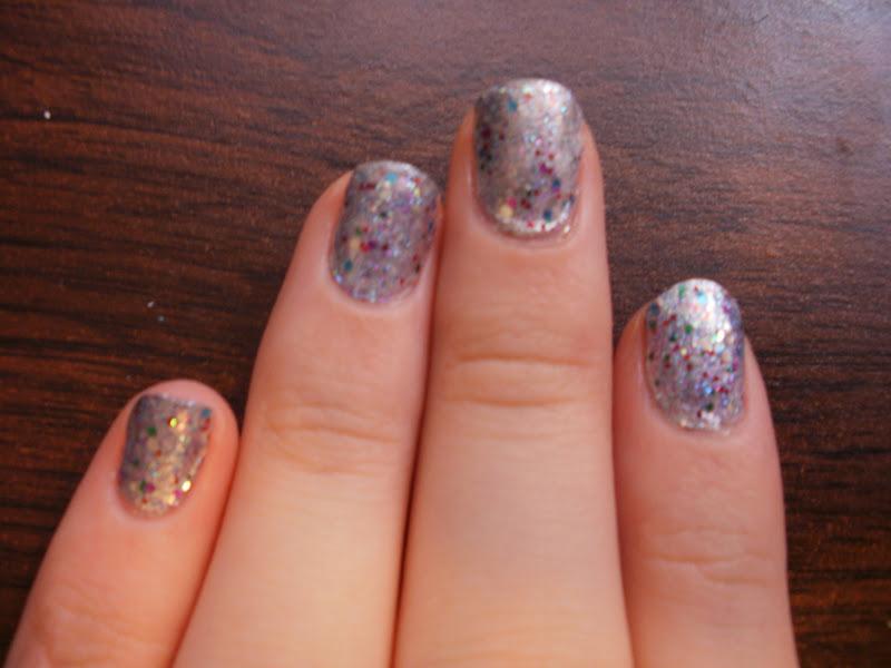 Artistry Nails: December 2011