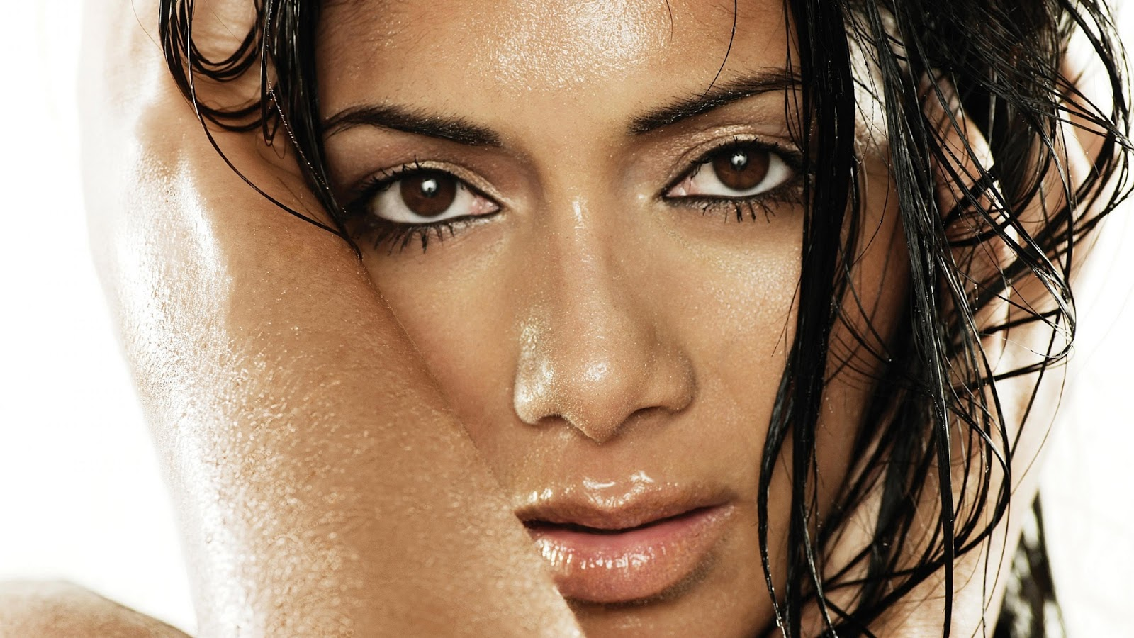 Nicole Scherzinger Close Up