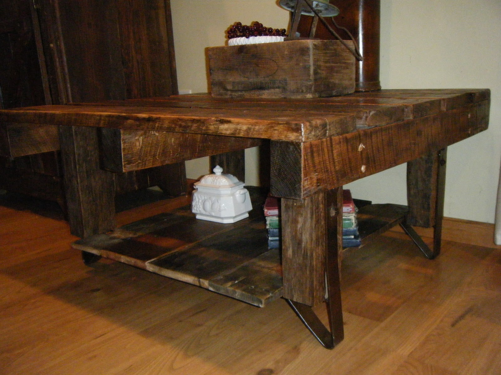 Tattered lantern rustic pallet coffee table 16000 sold geotapseo Images